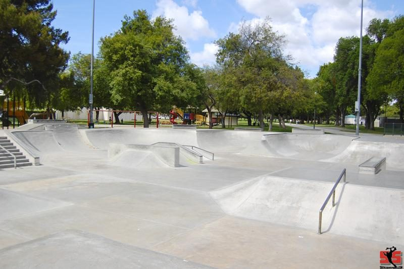 Long Beach El Dorado Skatepark